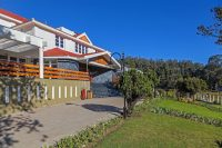 kodai-by-the-lake-a-sterling-resort-kodaikanal-facade-2-41621072fs.jpg